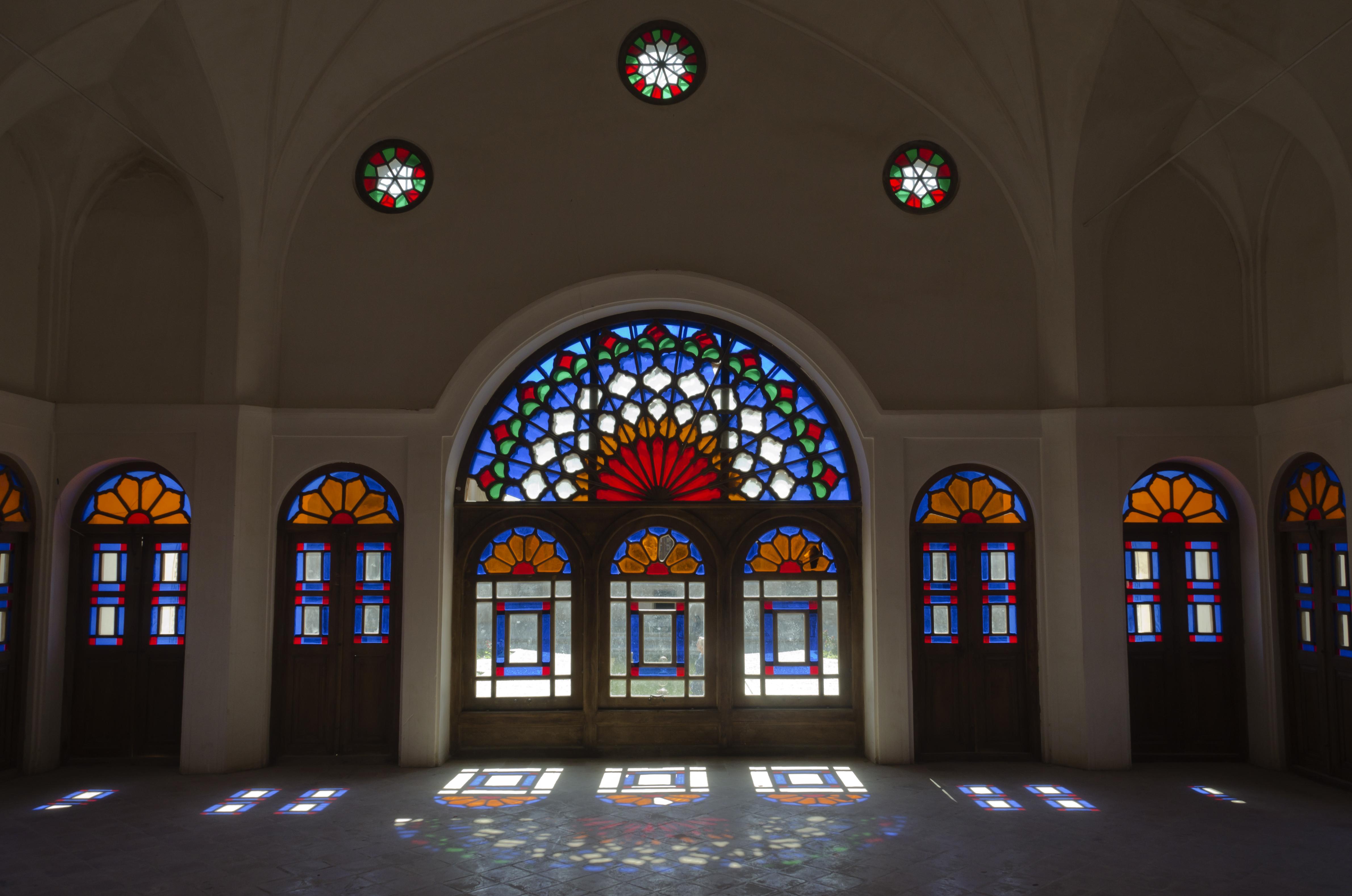 Kashan, Khan-e Tabatabei